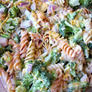 Broccoli Cheddar Pasta Salad (Walmart Copycat Recipe)
