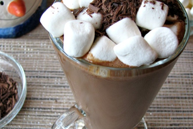 Creamy Espresso Hot Chocolate and Amazon Gift Card Giveaway